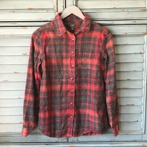 ❤️ Roots Flannel Plaid Button Down
